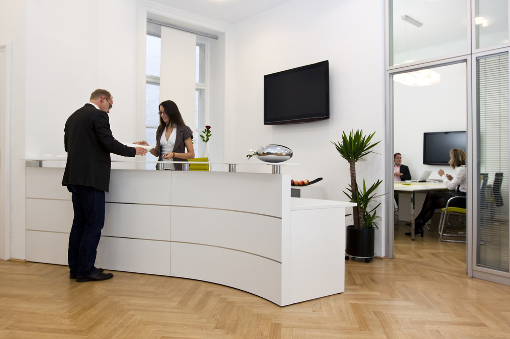 Choosing the Best Reception Desk for Office
