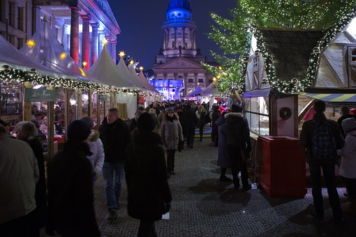 What are the Best 5 Markets for Students to Visit in Berlin