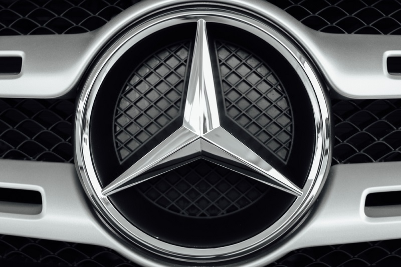When to Go for Mercedes Servicing?
