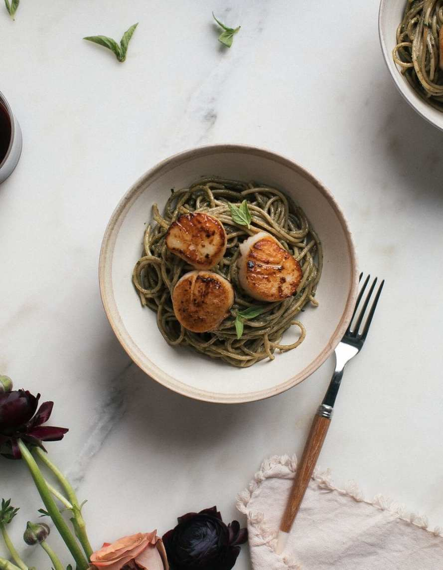 Brown Butter Scallops + Walnuts Pesto Pasta from A Cozy Kitchen. Droooool.