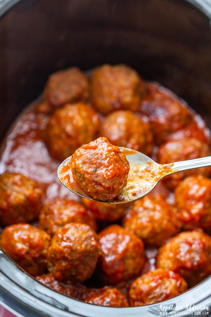 Slow Cooker Sweet and Spicy Meatballs