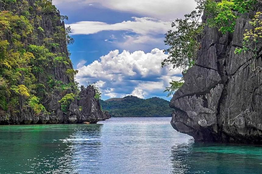 kayangan-lagoon-lake-coron-palawan-021