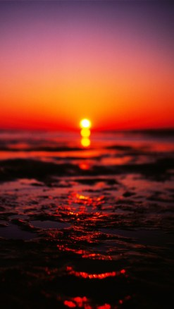 Sea Sunset Blurred iOS7 iPhone 5 Wallpaper