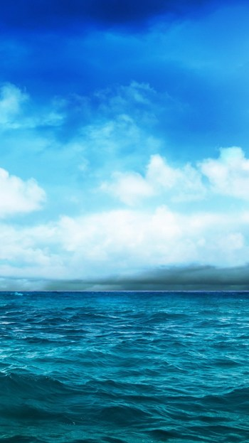 ocean-blue-sky-storm-approaching-iphone-6-wallpaper