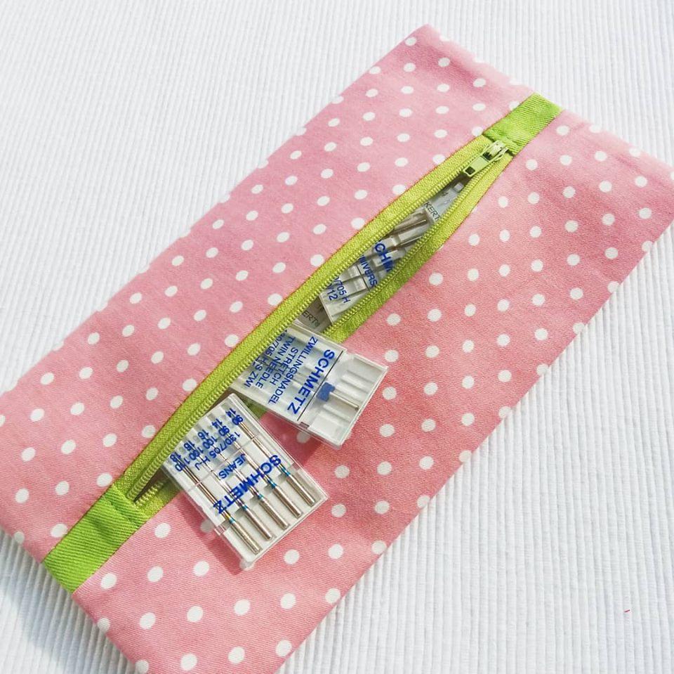 diy zipper pouch with center zipper