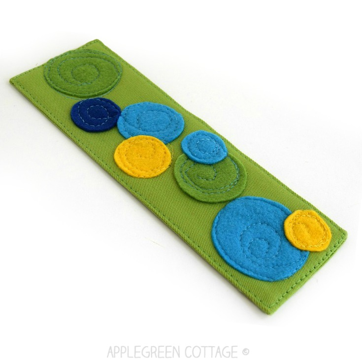 felt bookmark to sew