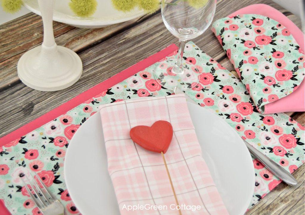 diy Valentine placemat