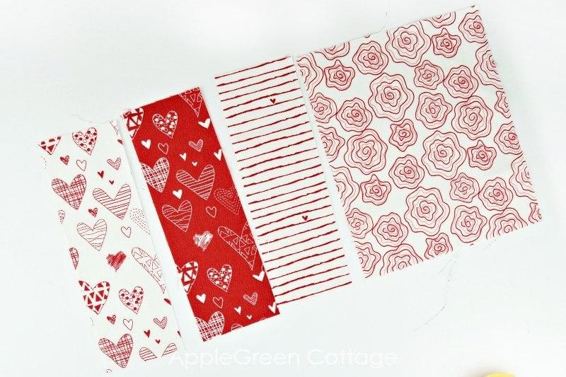 patchwork mug rug tutorial