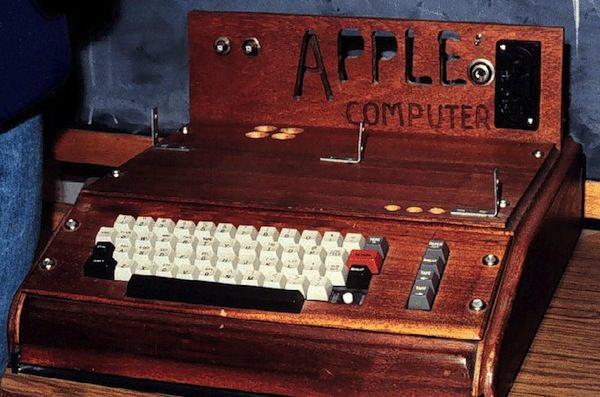 apple1_1976