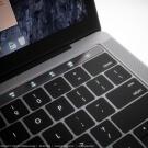MacBook Pro met OLED-balk