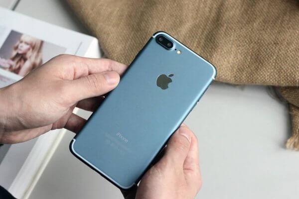 Donker blauwe iPhone 7