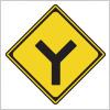 Y形道路交差点を表す道路標識