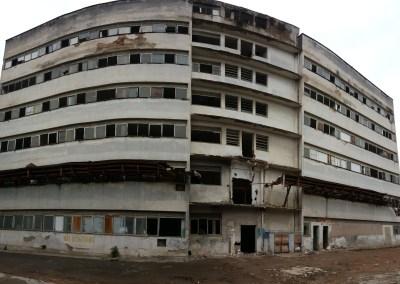 Oliverio Kraemer Hospital Implosion