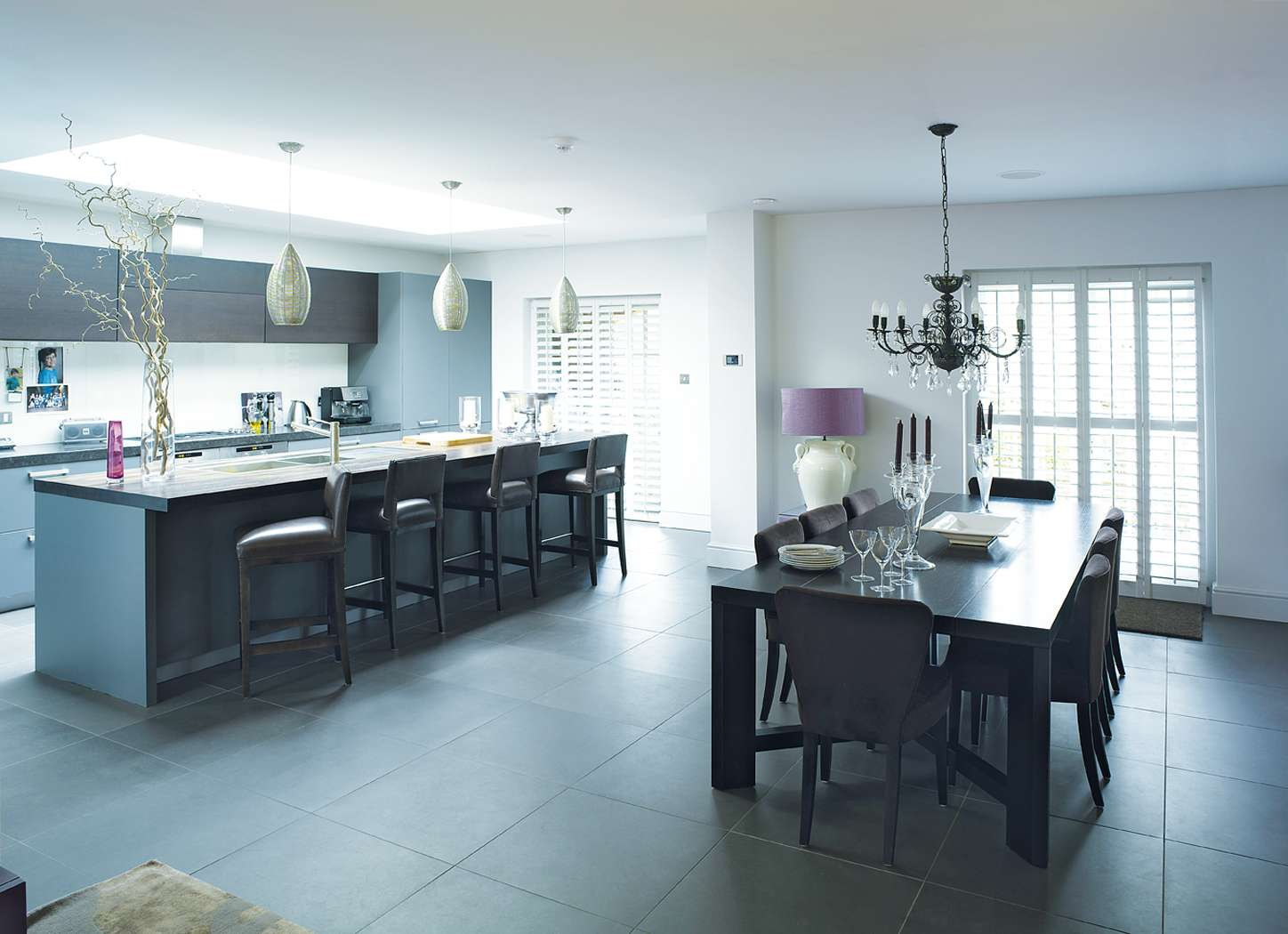 Pros And Cons To Converting Your Garage A Living Space