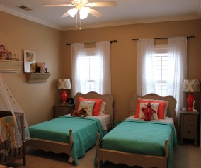 Bedroom Decorating Ideas Very Small Bedrooms Master For Teenage Girls Romantic On A Budget Women Apppie Org