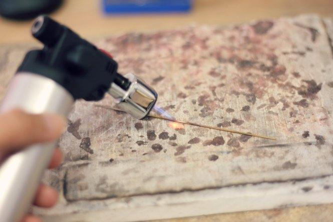 Bague Serpent ajustable - Etapes de fabrication à retrouver sur www.apprendre-la-bijouterie.com