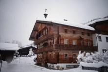 Maison traditionelle des montagnes autrichiennes