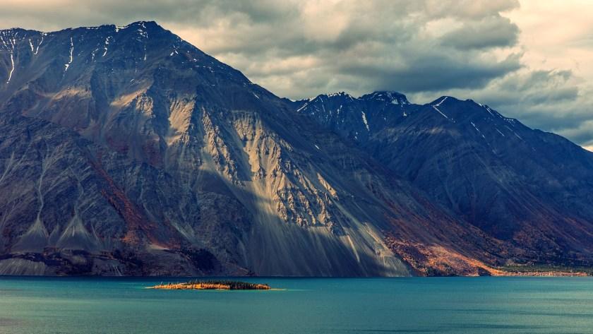 Download-Mountain-Sea-Sky-Desktop-Wallpapers-7