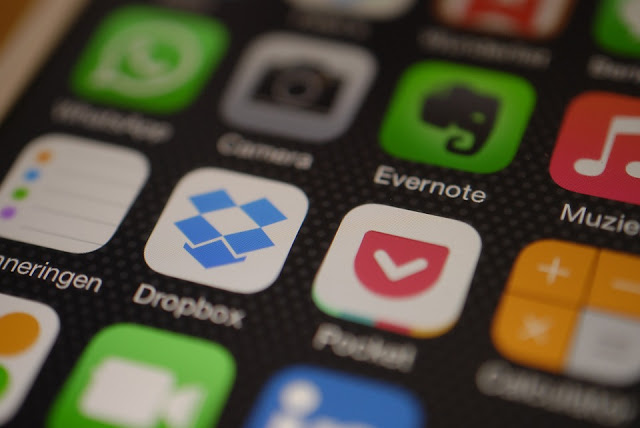 Dropbox and Google Drive to share Whatsapp Messages