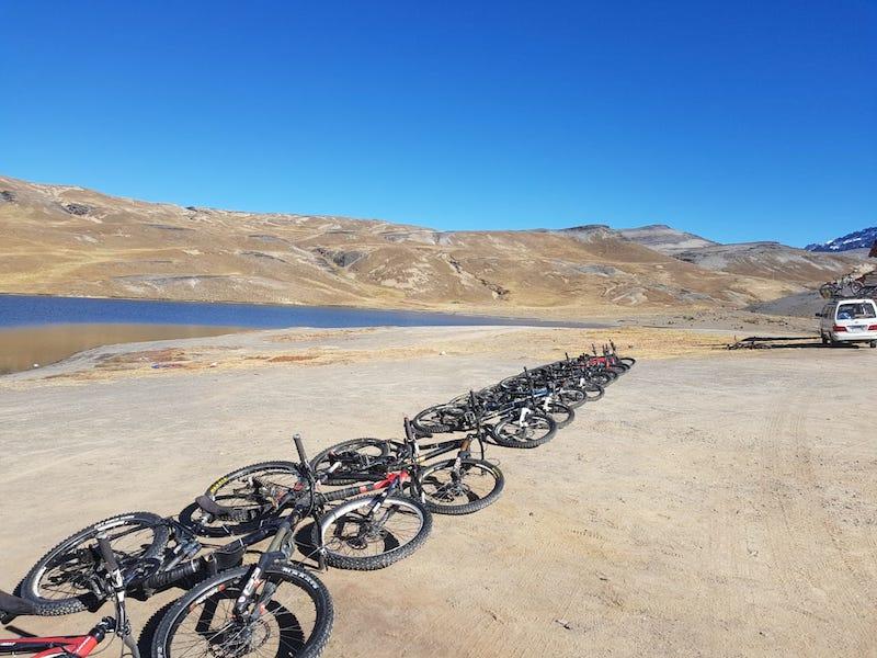 tour bicicleta camino yungas