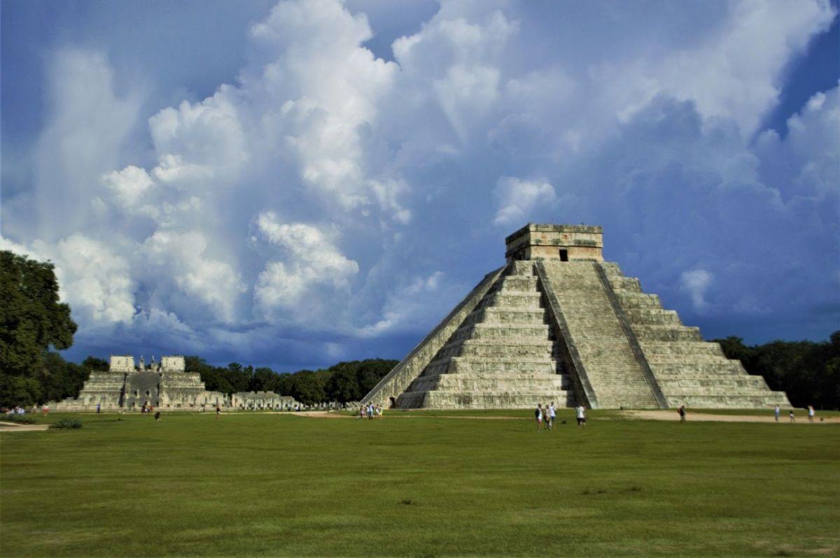 4 que hacer en riviera maya Pirámide el Castillo Chichén Itzá – Riviera Maya