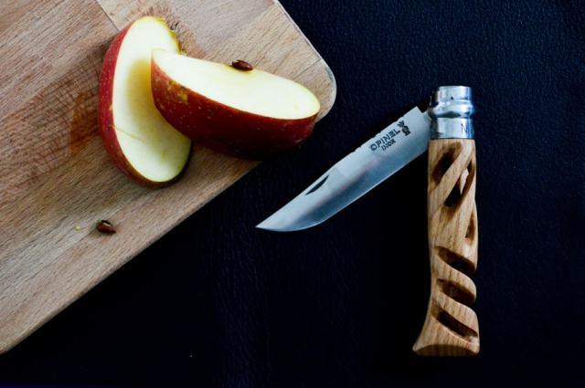 Dans l'atelier du coutelier Christophe Richard / Après la flemme