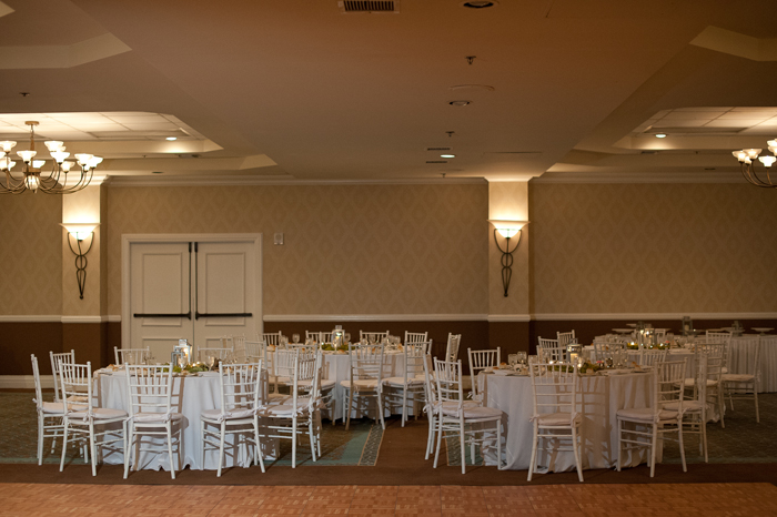 all-white-wedding-tables