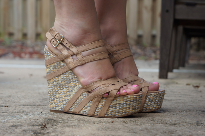 nine-wesr-wedges