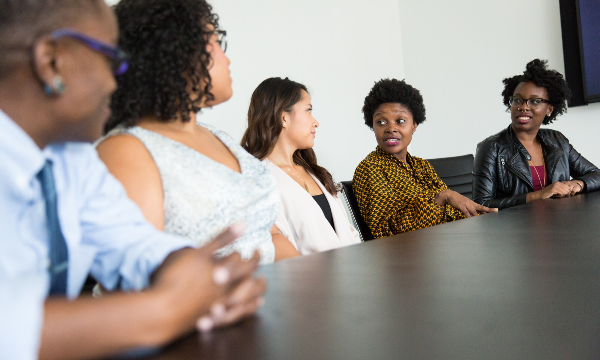 Black women in tech gather for discussion
