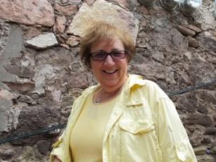 Mary at Piramidal Gráfica
