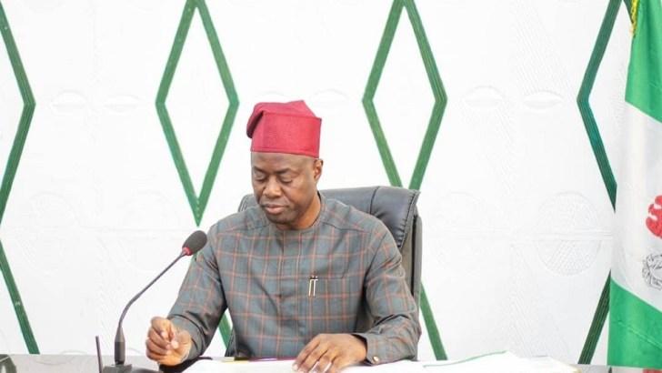 Makinde Dissolves Cabinet, Retains SSG