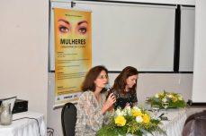 As mediadoras do evento: Andrea Zámolyi Park, diretora de Assuntos Corporativos da Caterpillar, e Patrícia Fuzeti Elias, vice-presidente do ICEN