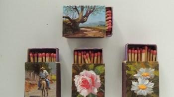 Arte sobre caixas de fósforos