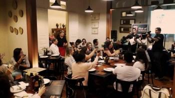 Festival internacional leva produção científica para bares e restaurantes