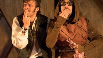Projetos Picadeiro e Caleidoscópio promovem espetáculo Comédia dos Erros