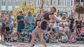 Sesc Piracicaba promove oficinas de circo para toda família