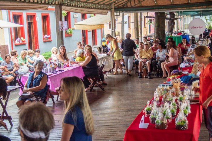 7ª Minifeira da Beleza reuniu profissionais da área e expositores