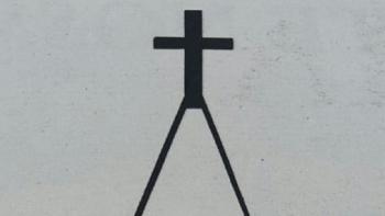 A torre da igreja protestante levou protesto ao Imperador