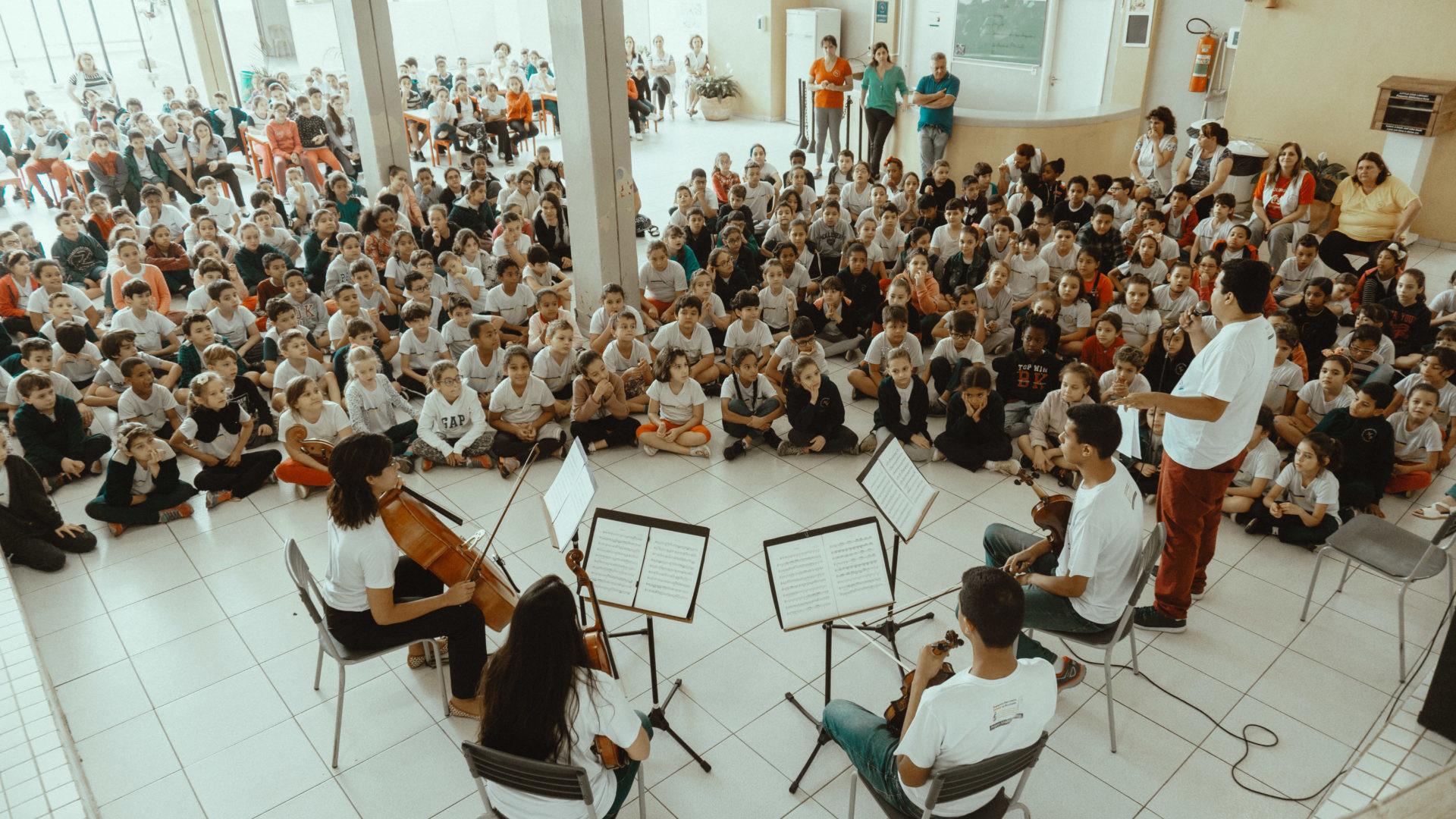 """Projeto Jovens Músicos lança a campanha """"A Música Transforma"""""""