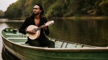Músico piracicabano, com experiência internacional, lança seu primeiro EP solo