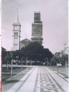 A torre e o espaço
