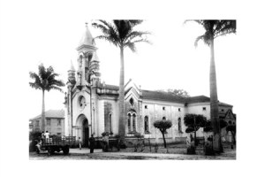Imaculada, a igreja de dona Lydia