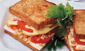 receita-sanduiche-frango-tomate