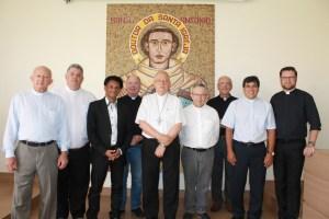 Dom Fernando Mason junto com  os membros do Tribunal Eclesiástico - foto_ Rosiley Lourenço