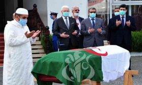 تشييع جثمان المجاهد عمر بوداود بمقبرة العالية