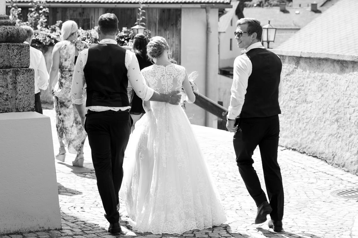 Braut wird gestohlen