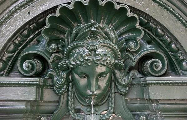 Detalhe da fonte Wallace (Foto: Eau de Paris / Emile Luider)