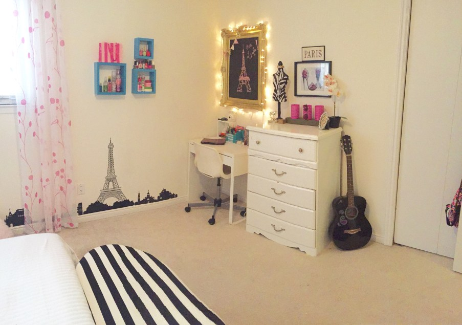 Teen Girls Room Transformation / Paris Themed Room / Tween Room ideas / apurdylittlehouse.com