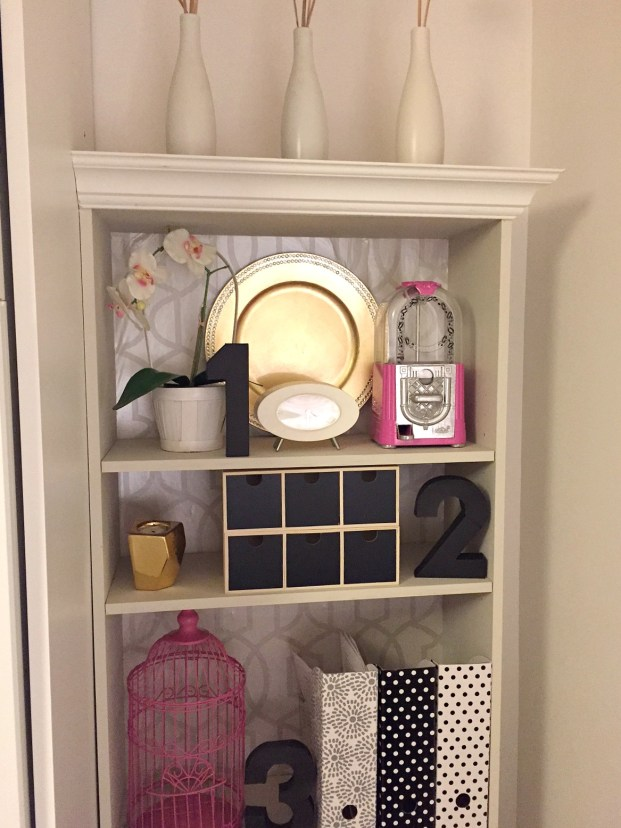 Built In Bookshelf Home office with crown moulding on top / shelf organization / styling a shelf / 30 day flip challenge / apurdylittlehouse.com