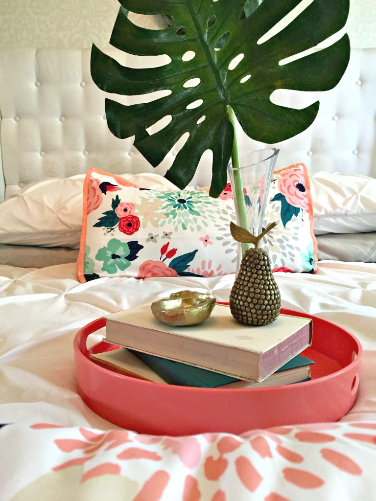 Summer Home Tour. Check out tips and tricks on changing out your decor for the summer at apurdylittlehouse.com